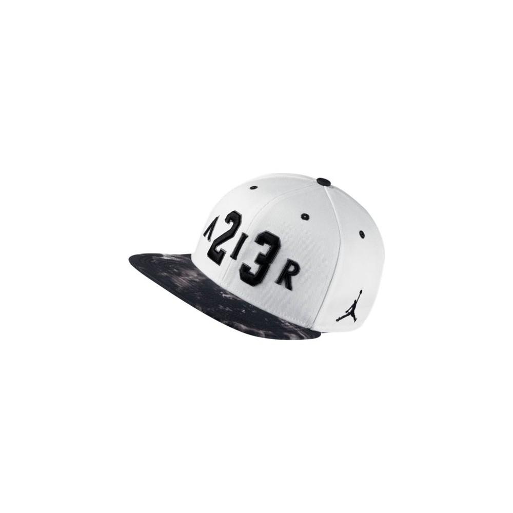 NIKE JORDAN SNAPBACK HAT 802025-100